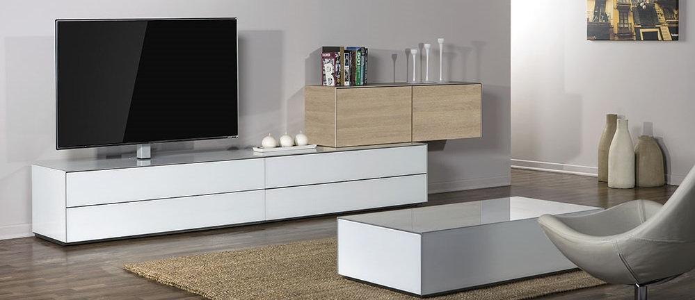 Покупаете мебель в гостинную для ТВ на заказ? Тогда обратите внимание.